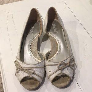 Mudd white eyelet open toed flats size 8M